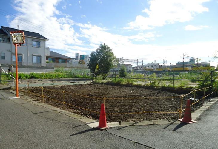 埋設最終確認後、整地を行いロープを張り完了
